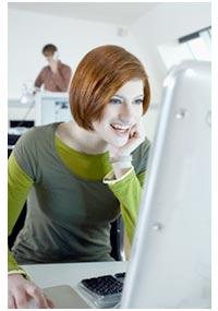 chica-escribiendo-en-ordenador.jpg