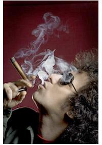 andrescalamaro-fumando.jpg