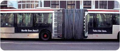 autobus_acordeon_publicidad_externa.jpg