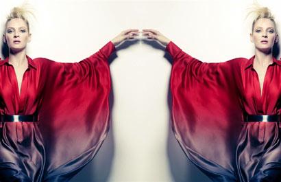 Uma Thurman doble, con vestido colorido y peinado glam