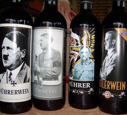 Etiquetas de vinos con la imagen de Adolfo Hitler