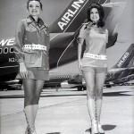Aeromozas con minifalda