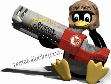 Pinguino de Linux armado para vencer