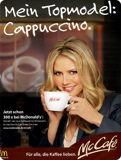 Heidi Klum, modelando para McDonalds, cafe cappuccino