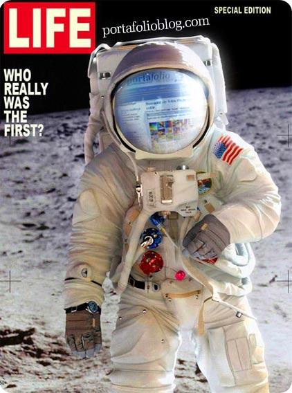 astronauta navegando y viendo portafolioblog