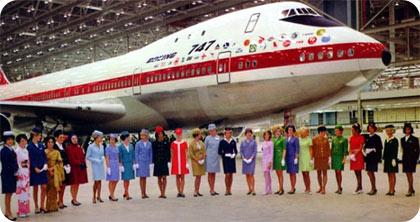 boeing 747 azafatas, cumplen 40 años de vuelos y aire