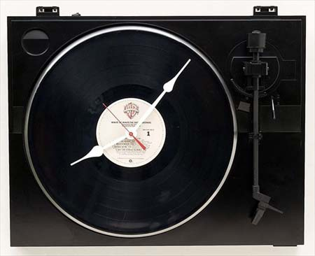 turntable-clock