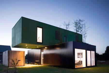 Una Casa Construida Con Contenedores De Embarque